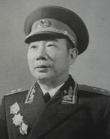 長征途中他為紅軍籌集10萬斤糧食,說再苦再累也不能讓戰士餓肚子_張令彬