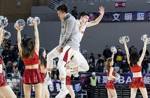 中国男篮新希望!99年无名小将爆砍39分国家队未来有他一席之地