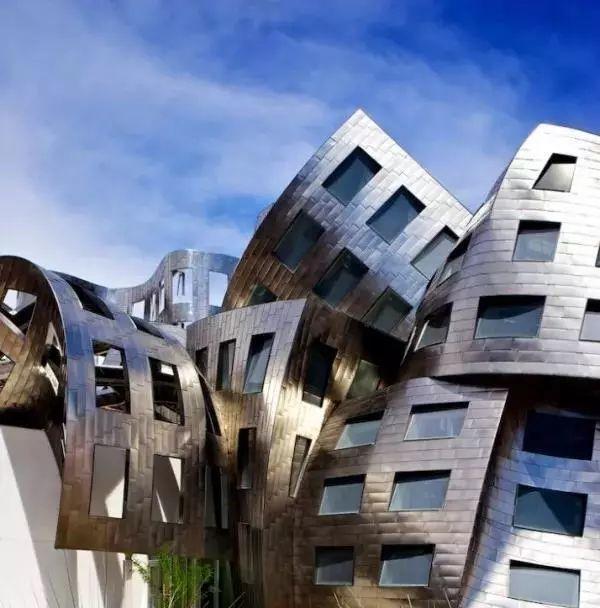 """解构主义建筑风格_""""胡拼乱凑""""也是艺术?——解构主义风格_建筑"""