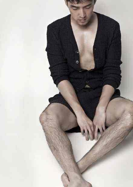 体毛最多的男明星,胡歌的有机腿毛最性感