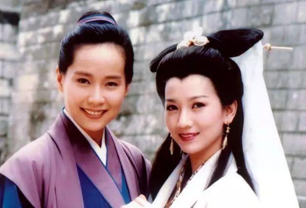 老版《新白娘子传奇》幕后剧照,许仙是女儿身,图4小青
