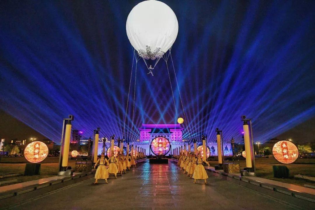 来自盛唐长安的威武雄姿: 西安城又一次站在时光的节点上