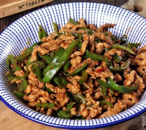 郫县美食推荐_原来青椒能做出这么多美味来 这也太好吃了吧!_姜蒜