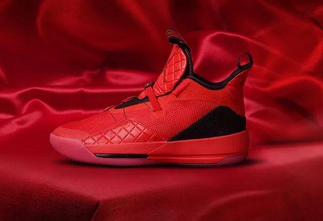 "Air Jordan 33 ""University Red""  货号:AQ8830-600 新年喜庆大红"