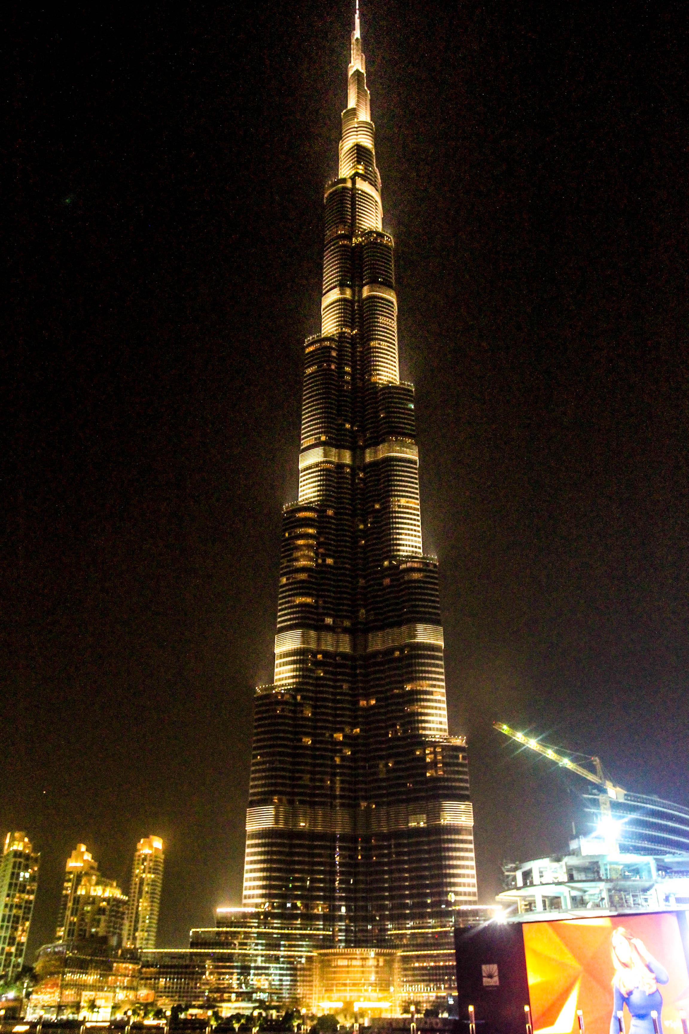 土豪国迪拜的世界第一高楼:夜景真的无与伦比