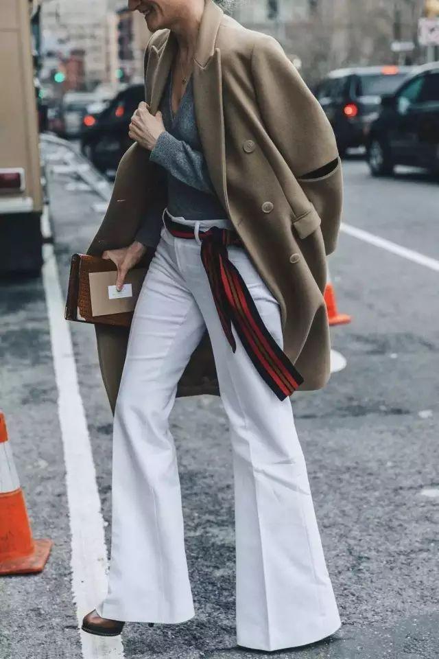 喇叭褲+高跟鞋,美得過分!