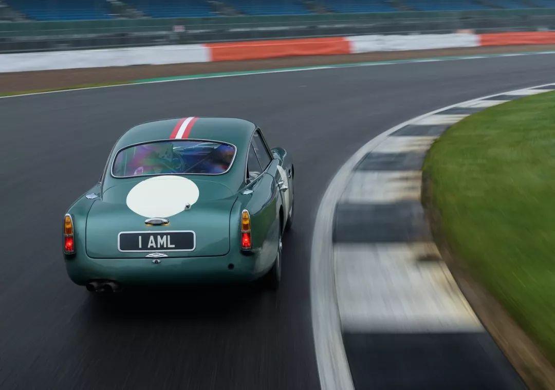 【经典车】阿斯顿·马丁DB4GTContinuation真正的复古超级跑车之