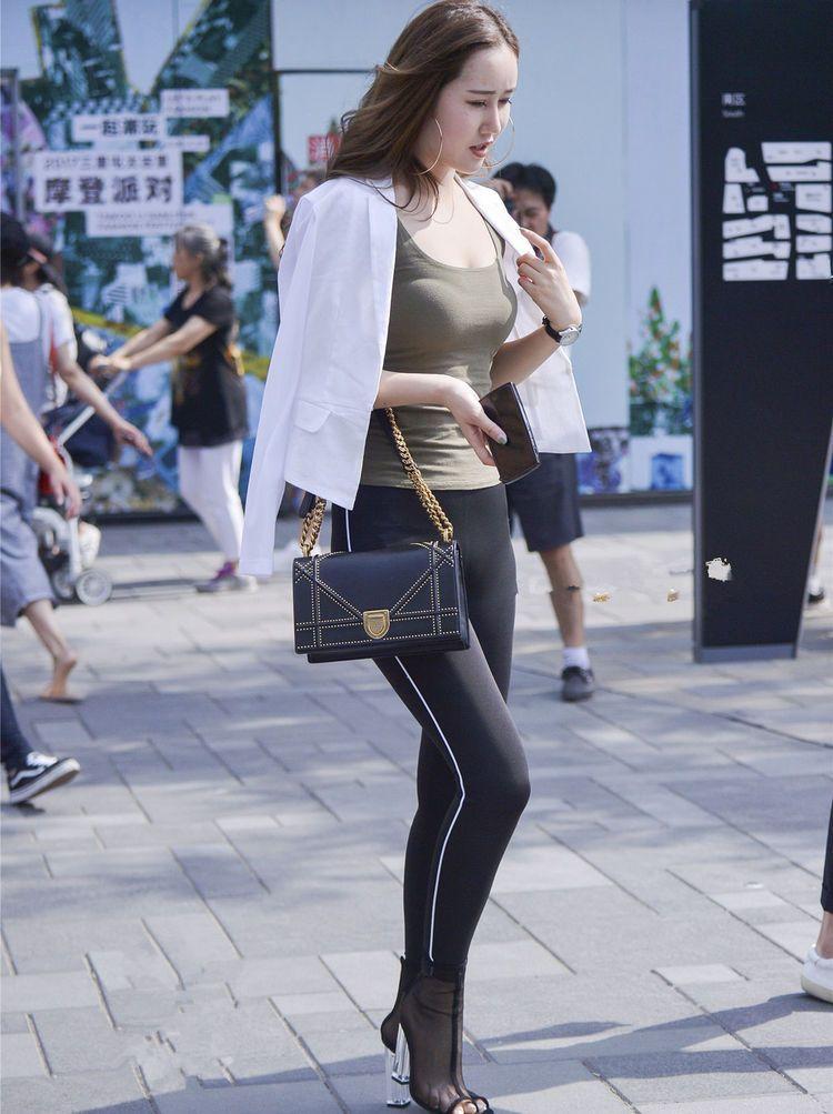 韩国美女穿紧身裤高清写真,个个都这么美,你看着美吗