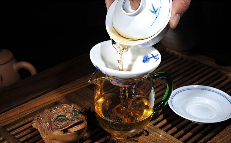 为什么泡老茶的水温要高一点?