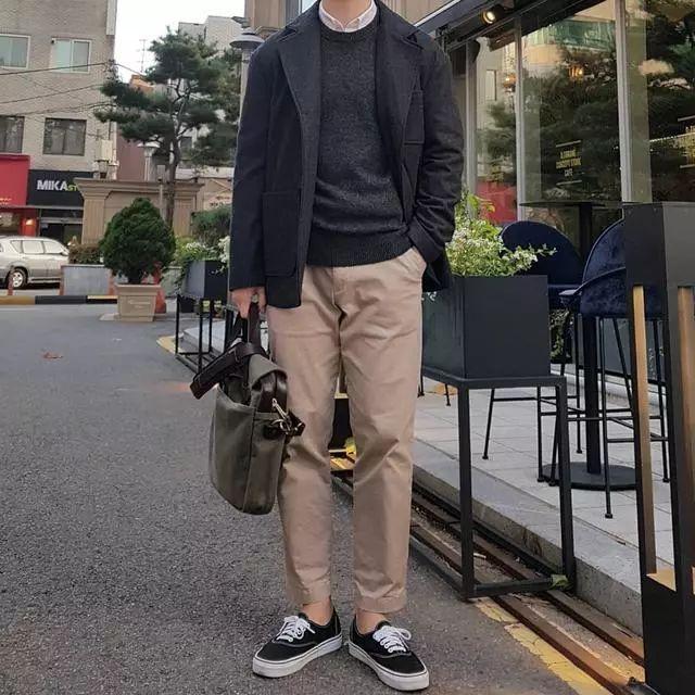 30岁的男人这样穿,人家都以为你还是大男孩,2018最新博彩白菜网址又绅士