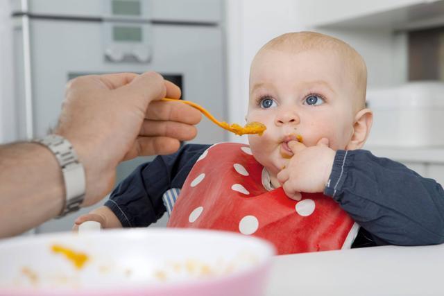 別再坑娃啦,5個信號告訴你,寶寶積食很嚴重,消食養脾它最行!
