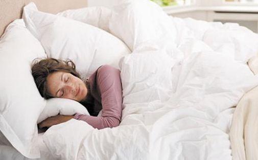 三高人群小寒養生:保護身體1個部位,晚上做好2件事平安度過