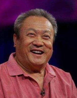 """电影表演艺术家""""铁人""""张连文逝世 享年74岁"""