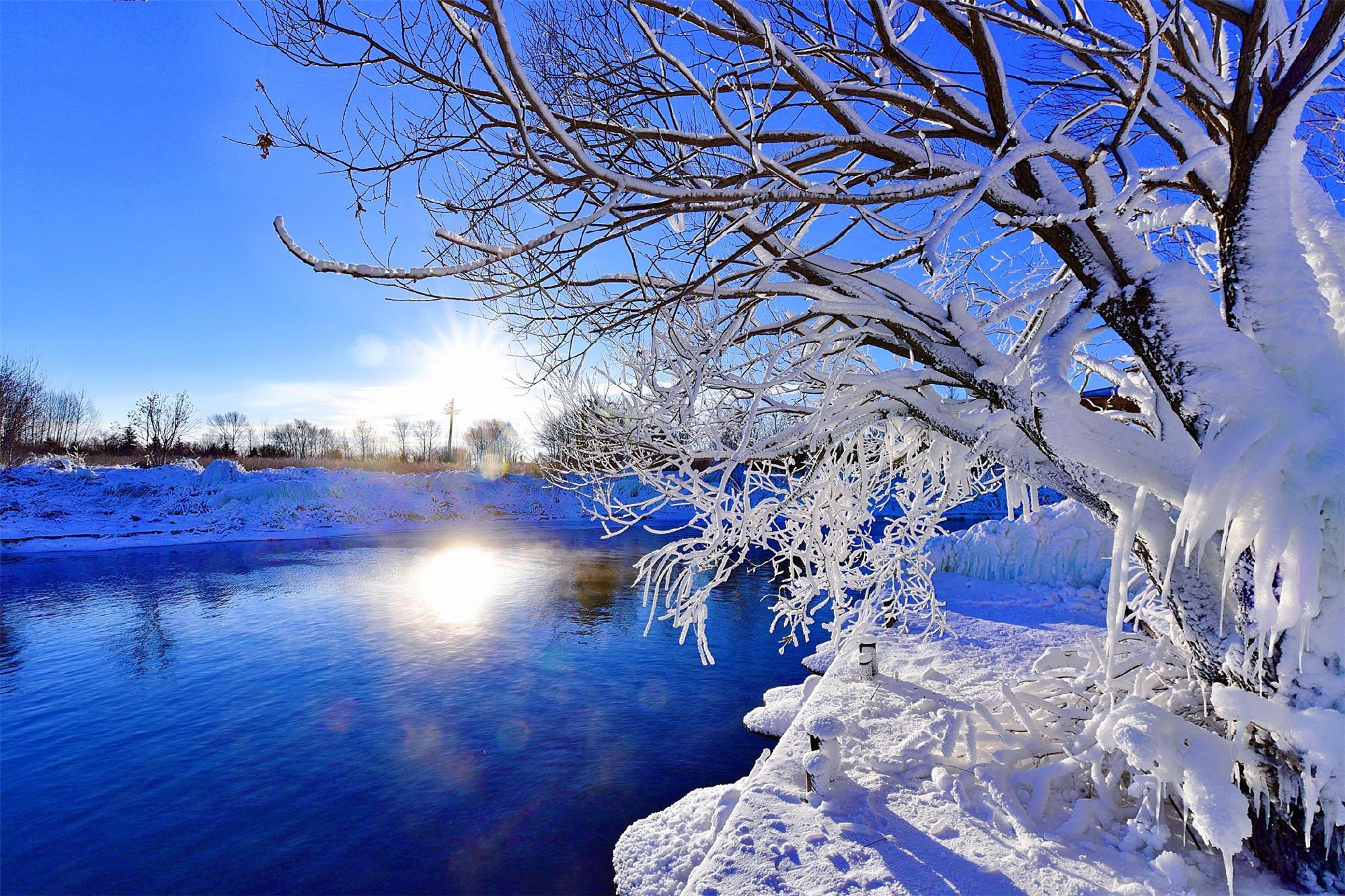 银装素裹的意思是_黑河最美的人气景区,风景如画,银装素裹,去过的人都说美_温泊
