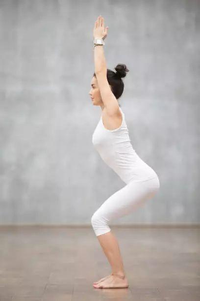 瑜伽初学者练什么体式?这10个体式每天都可以做!