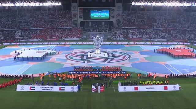 亚洲杯揭幕战是菜鸟互啄?半场失误多+开角球出界,让球迷想睡觉