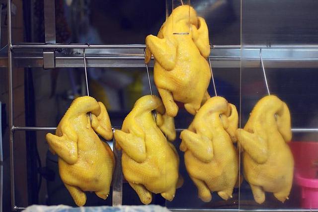 經常吃雞脖子、雞翅會激素超標嗎?營養師告訴你雞肉的正確吃法