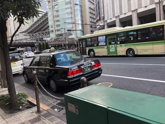 日本硬核出租体验丰田皇冠为什么能这么硬_腾讯分分彩个位