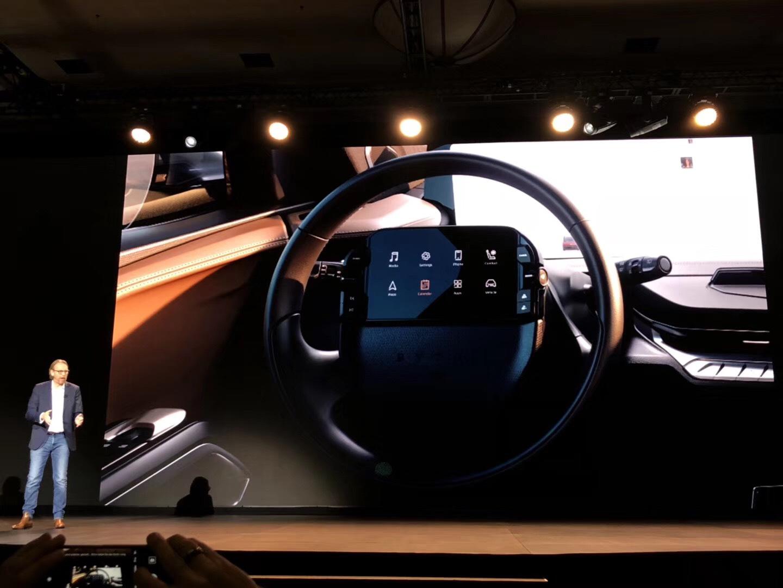 拜腾公布首款量产车细节:48英寸屏保留,2019年底正式量产