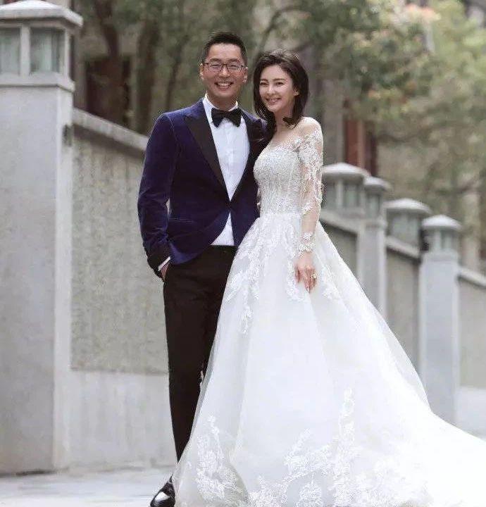 袁巴元会这样毁坏张雨绮名声一点不稀奇,看他对前妻的态度就知道