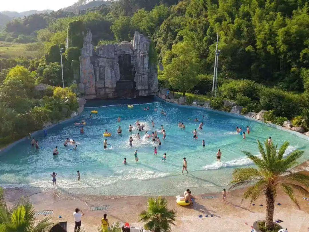 泡68个池的客家温泉,¥598住河源叶园温度假村酒店+双人早餐+温泉图片
