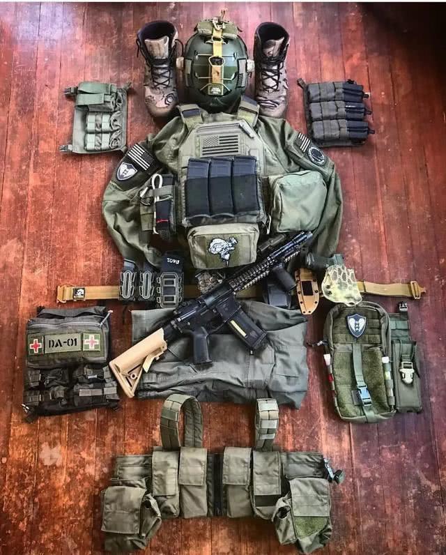 二战美军单兵弹药_美军士兵是少爷兵?单兵负重超50公斤,仅防弹装备就10公斤_战斗
