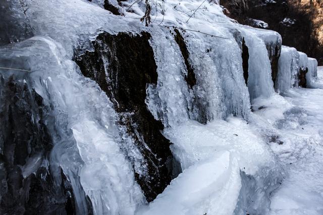 木扎岭风景区冰挂