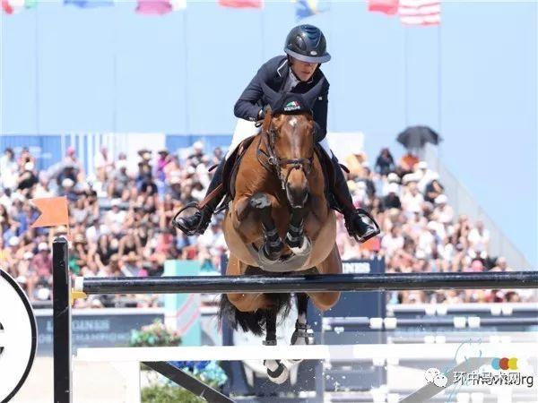 【赛事】美国女将劳伦·霍夫称雄145cm级别国家赛