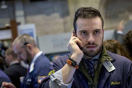美股特斯拉_美股盘前:特斯拉跌超1% 被指产品存在缺陷遭到起诉 苹果、高通打嘴仗