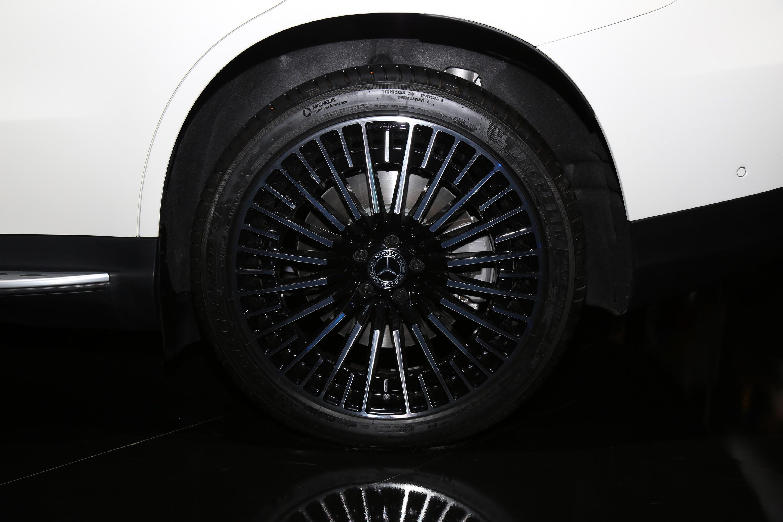 2019 CES:奔驰EQC 400 4Matic量产版正式亮相(第1页) -