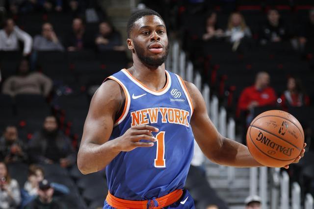 首发出场, 仅得9分! 希望他争气些, 能够留在NBA联盟, 别回CBA