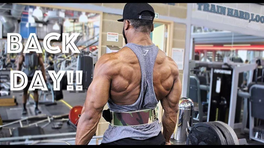 背部锻炼动作_背部训练动作两兄弟,使你的背再宽2公分_下拉