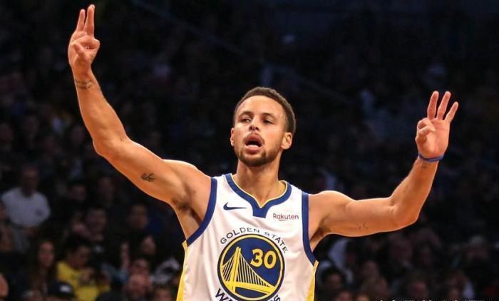"""冠军之师归来!库里做了整个NBA都害怕的事,实现""""零""""的突破"""