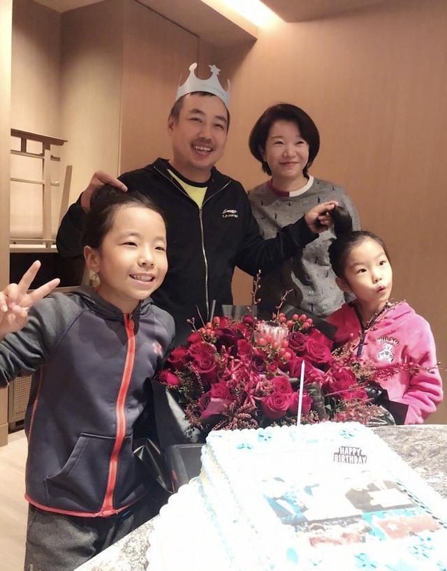 刘国梁43岁生日表雄心!回忆4个经典瞬间,却唯独不见兄弟孔令辉