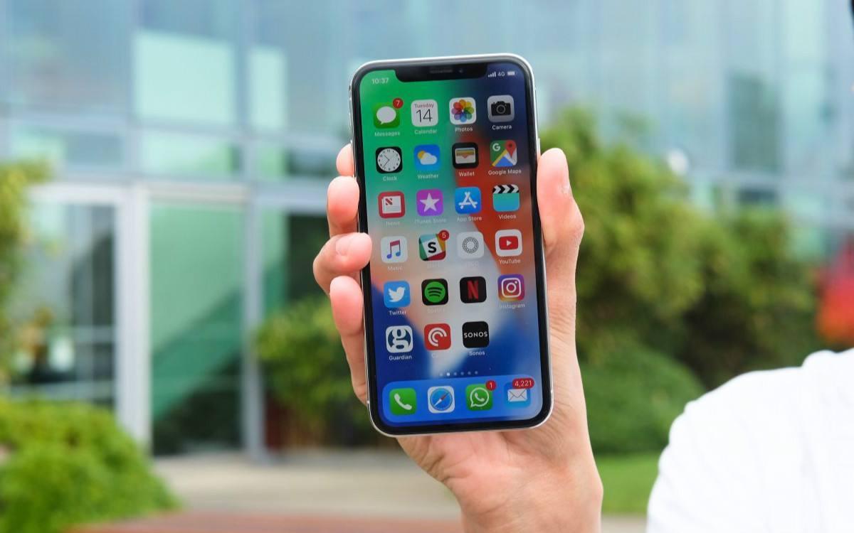过年回家最值得入手的一款手机,A11+刘海屏,用个四年都没问题!