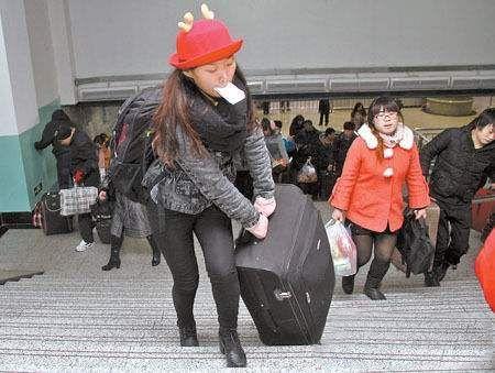 魔术小手包,秒变行李箱!不用背也不用提,告别春运大包小包!