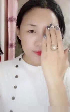 网友仿妆刘嘉玲,被本尊翻牌,网友:她在用力张鼻孔诶!