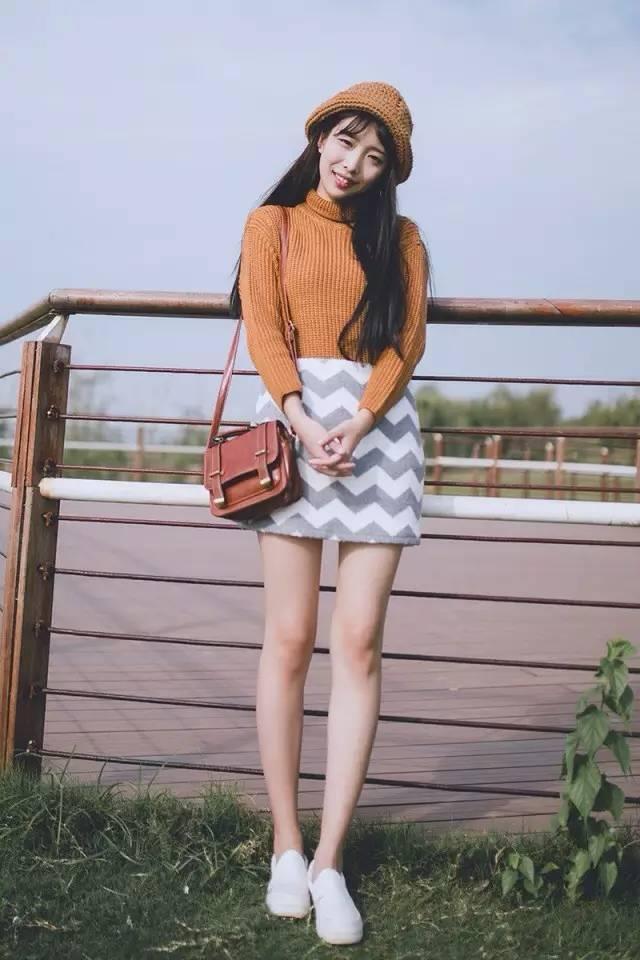 针织+小裙,最好看的内搭穿法!