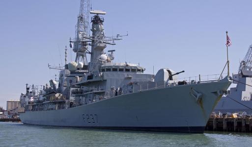 南海建军事基地?英专家:中国每年造舰规模相当于整个皇家海军!