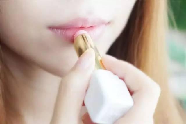咬唇妆还是染唇妆?快来看看自己喜欢哪种吧?