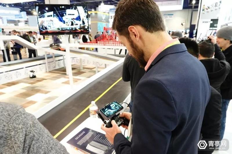 CES2019:感悟科技展示AR机器人,预计年底量产