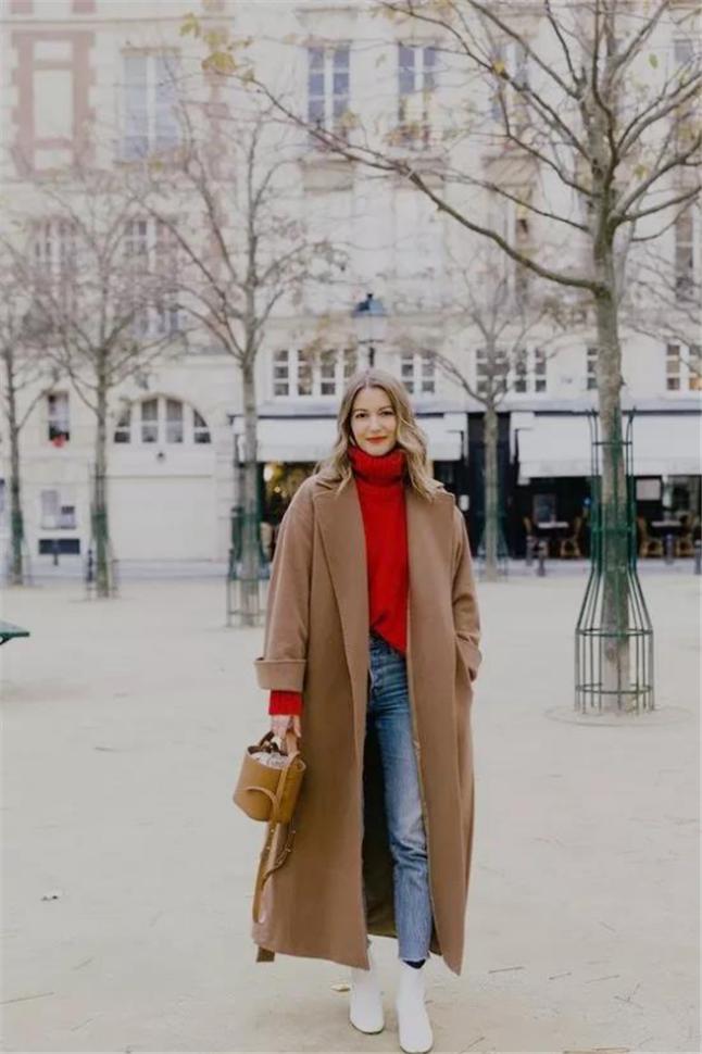 三四十岁的女人过年别穿太寒酸!建议这4种穿法,优雅知性挡不住