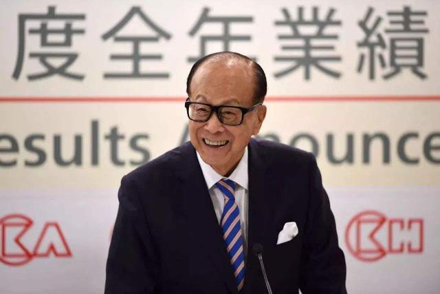 香港普通家庭的房子_香港7套房子就有1套是他盖的,他却劝市民别炒楼,堪称良心企业家