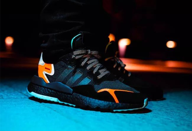 "adidas Originals Nite Jogger ""Core Black""  货号:CG7088"