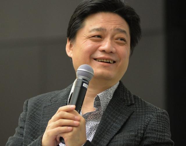 黃毅清發文回懟崔永元:我吃飽了撐的和你過不去,只有你是好人!