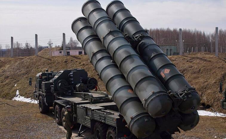 250公里外1.8马赫靶机直击而来,解放军再次使用S-400成功击落!