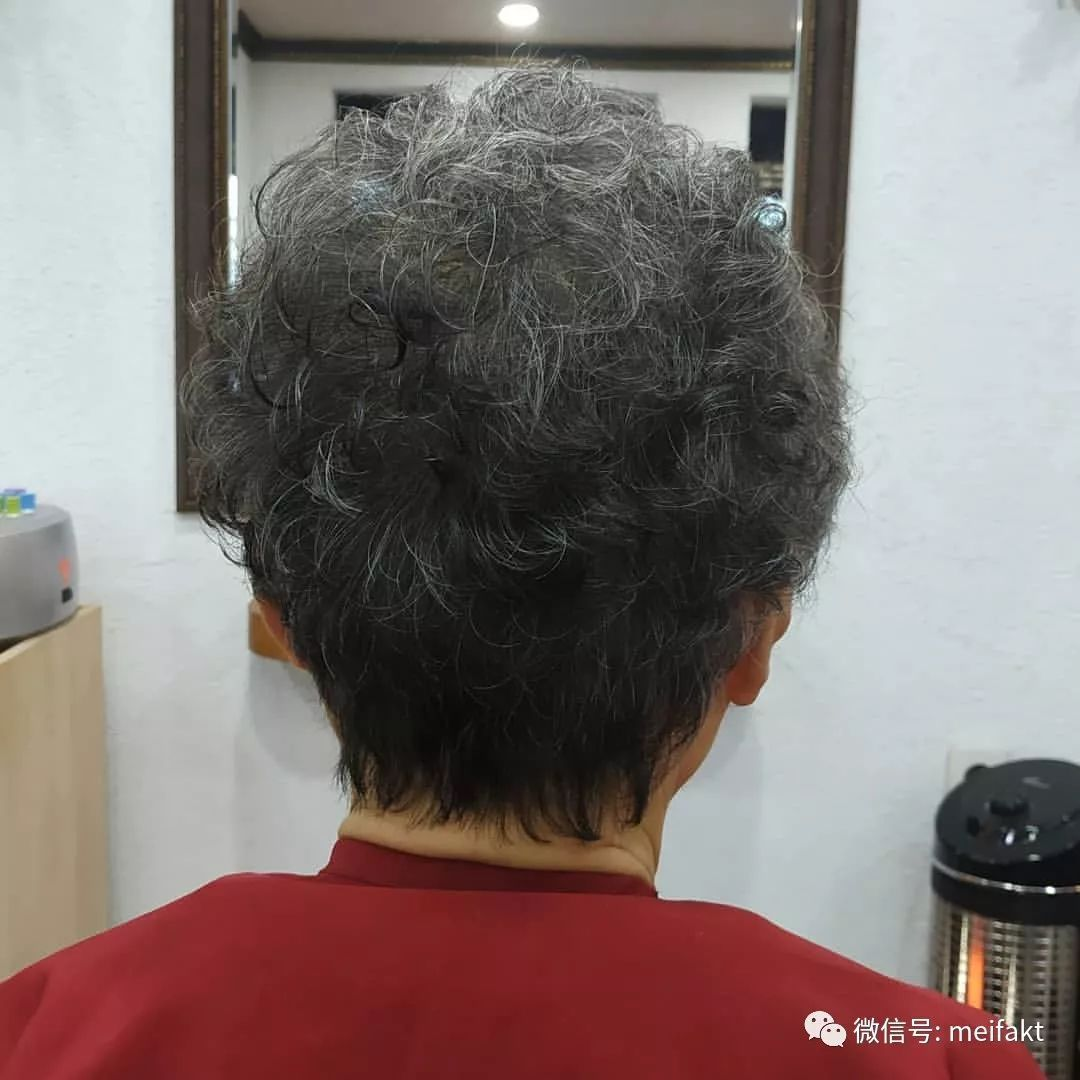 老年人短发烫发发型图片 几款发型让你瞬间年轻十岁(3)_老年...
