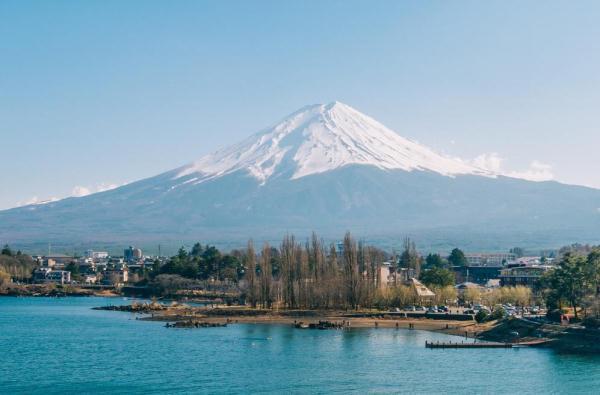 """世界最牛""""房东"""",日本富士山也属于他,政府每年向他交""""租金"""""""