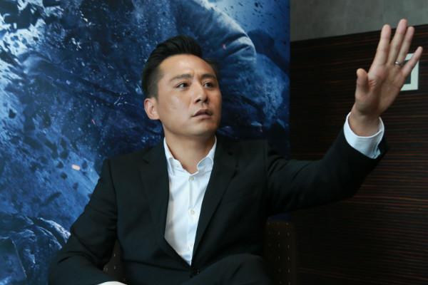 刘烨参加活动自带瓜子网友:最后他带了一兜子瓜子皮回家了