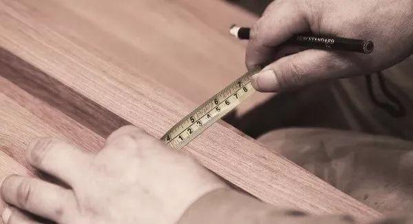 红木厂家无奈吐槽:跟这样做的红木家具拼价格,谁能拼得过?-红木种类